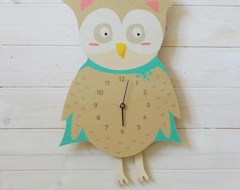 """""""Great OWL"""" pendulum wall clock"""