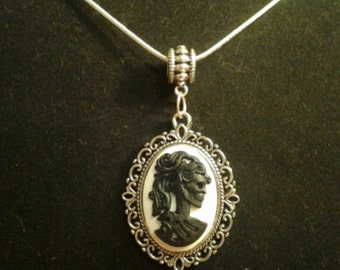 Lady Skeleton Cameo necklace