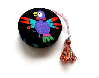 Tape Measure with Bright Parrots Retractable Measuring Tape