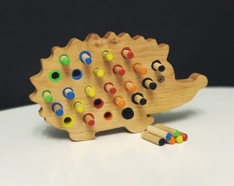 Wooden Toy - Montessori Toys - Sensory Toys - Hedgehog - Pegs - Learning Toy - Gift for Child - Motor Skills - Natural Wood Toy
