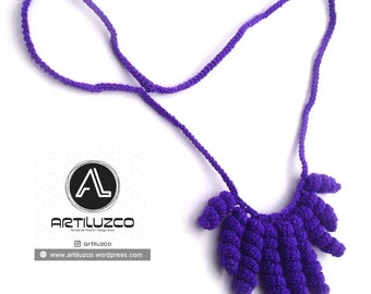 Violet Rulino, Crochet necklace, Necklace in natural fibers, Handmade knitted necklace