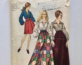 Vintage Women's Sewing Pattern 60's Partially Uncut, Simplicity 8550, Skirt, Pants, Blouse (S)