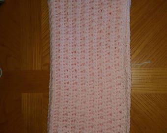 Pink V-stitch baby blanket