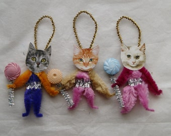 Easter Cats, Chenille Ornaments, Kittens, Vintage Style Primitive  (200)