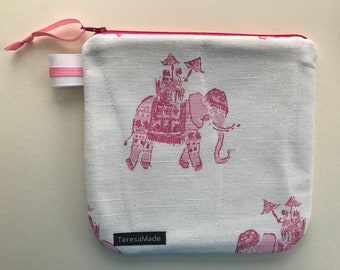 Medium White Elephant Zip Pouch (Lily Pulitzer Fabric)