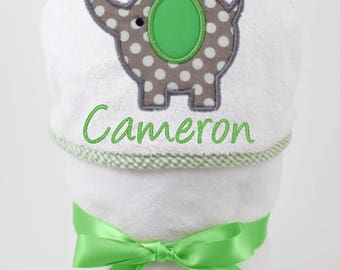 Hooded Bath Towel, Baby Bath Towel, Personalized Baby Towel, Unisex Baby Gift, Elephant Baby, Baby Beach Towel, Baby Boy, Baby Girl