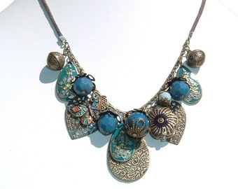 Darling Charm and Pendant Teal, Poppy and Brass Colored Enamel and Alloy Necklace