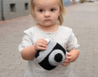 Camera Toy Crochet Pattern, camera amigurumi, camera toy, camera, photography, photo prop, crochet camera, pattern