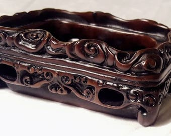 Chinese c.19th Scholar's Carved Resin Ink Well with mark