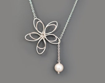 10% OFF, Flower and Pearl lariat necklace, Wedding necklace,Mother's Day Gift,Bridesmaid gift,Anniversary gift,Christmas gift,Pearl necklace