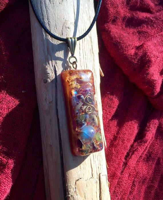 Fairy Magic Orgone Pendant- Labradorite- Lavender Moon Fairy Wand Orgone Necklace- Spiritual Vision Orgone Energy Amulet- Grounding Wand