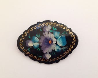 Vintage Papermache and Lacquer Handpainted Russian Flower Brooch.