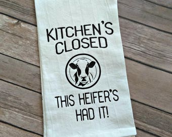 Funny Kitchen Decor, Cow Decor, Kitchen's Closed, Farmhouse Decor, Tea Towel, Kitchen Towel, Flour Sack Towel, Mother's Day Gift for Her