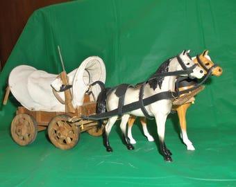 Handmade Folk Art Chuckwagon with hartland horses