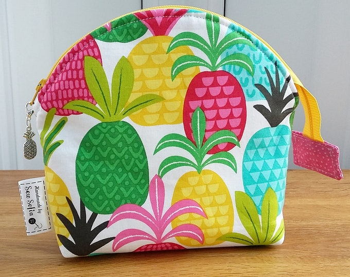 NEW Pineapple Make Up Bag