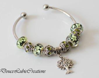 Bracelet à breloques thème « Dame Nature »