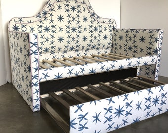 Custom Daybed W/Curved Back and Trundle - COM