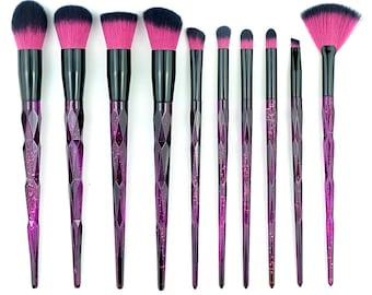 10 Piece Black and Fuchsia Glitter Makeup Eyeshadow Brushes Style 007