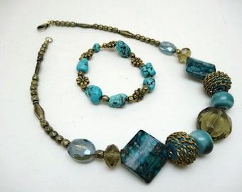 Antique Turquoise necklace & bracelet set