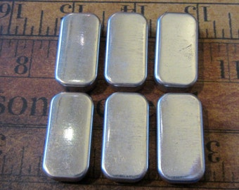 Vintage tin watch part containers to hold your embellishments - Steampunk - Scrapbooking e69