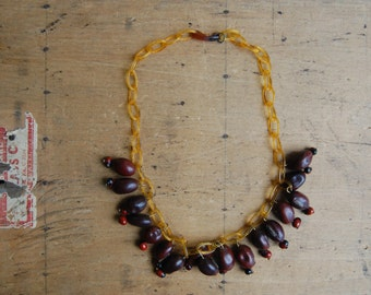 Vintage 1940s dried bean bead necklace with celluloid chain