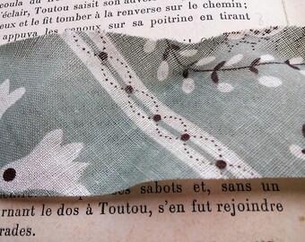 coupon 1 meter fabric green pattern 4 cm