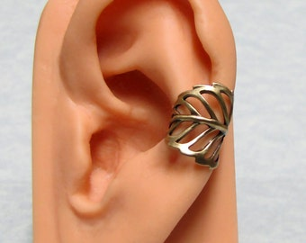 Forest Filigree Leaf Ear Cuff