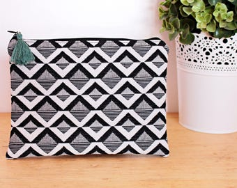 Pouch / clutch black and white geometric zipper