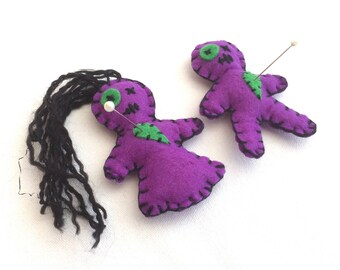 Voodoo Doll Couple - Voodoo Doll Magnet - Fridge Magnet Pair - Juju Dolls - Poppet - Voodoo Doll Pin Cushion - Weird Gift