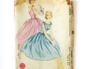 1950s Sundress Sewing Pattern / Rockabilly Style Dress / Full Skirt Dress / Tie Straps / Lucy Dress / McCall's 3260 / Size 13 / Uncut FF