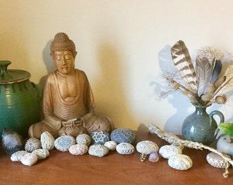 Make your own mini ocean meditation stone set