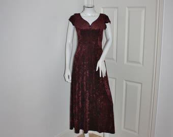 Red velvet dress - crushed velvet - maroon red - 90's wine colored dress - short sleeved - long maxi dress
