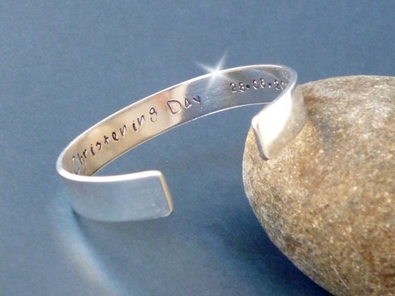 Childs Religious Bangle with Message, Holy Communion Bangle, Baptism Bangle, Childrens Jewellery, Personalised Bangle with Names