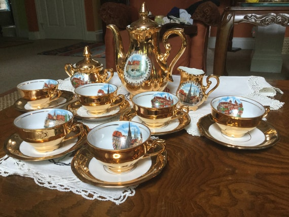 & Nürnberg Bavaria 22k Gold Plated Tea/Cofee Set Scenes of City