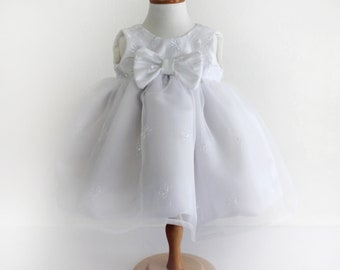Toddler Girl White Floral Embroidered Organza Party Dress with Bow - Sz 6 to 12 months - Handmade Ready to Ship