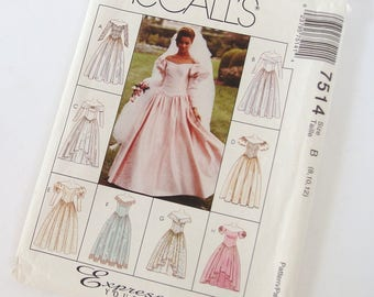 Vintage 1990's Wedding Gown Pattern McCall's 7514, Size B 8, 10, 12; Bust 31.5, 32.5, 34 Inches