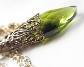 Swarovski Green Crystal Necklace Antique Gold Necklace Victorian Style Olivine Necklace Olive Green Gift for her Jewelry