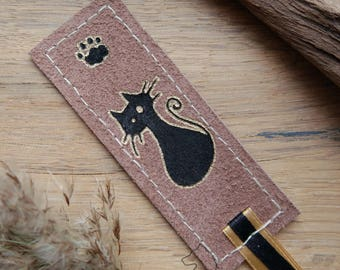Cute Cat leather bookmark, handmade and hand painted, one of a kind gift for book lover, cat bookmark, cat gift, kitten bookmark leather
