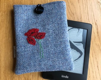 Kindle paperwhite case -  Harris Tweed Kindle cover- e-reader cover - Wool Anniversary gift - Kindle sleeve - gift for her - gift for mum
