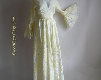 ROMANTIC Pintuck Mexican Wedding Dress Maxi / size 4 6 8 small / TACHI CASTILLO Prairie Dresses / Pastel Yellow Cotton Lace Inserts 1970s
