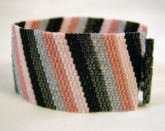 Black to Blush Cuff