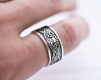 Wide OWL Viking Style Sterling Silver ring