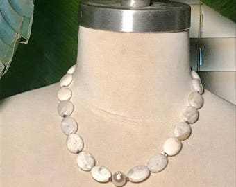 Wedding howlite gumdrops with pearl center necklace