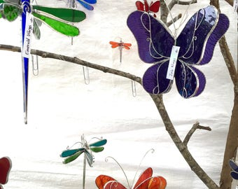 You Pick Any Color and Size - 3D Stained Glass Dragonfly Twirl - Suncatcher Home Garden Hanging Nature Ornament Decor Insect (MADE TO ORDER)