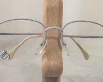 Chic eyeglass frame with nylon/edge of ESSILOR