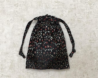 smallbags black Chinese fabric.
