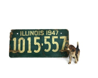 Illinois 1947 WWII era soy fiberboard license plate old car tag 1015557