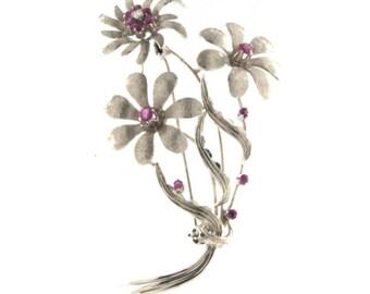 18kt White Gold Vintage Flower Brooch