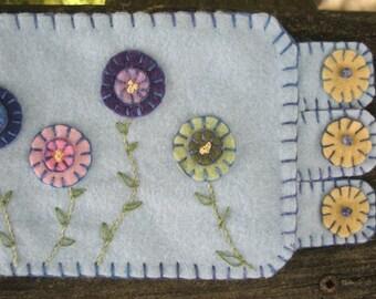 Pretty Posies, Handmade Penny Rug, Posies Spring Flowers Mat  Mug Rug, Posey Peony