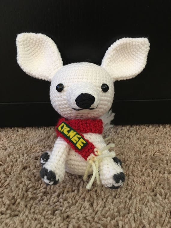 Lychee The White Chihuahua Dog Amigurumi Crochet Pattern